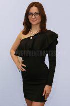 Viktória S hostess 02
