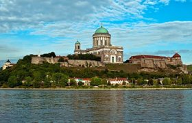 river cruise Budapest and Danube boat tours Hungary