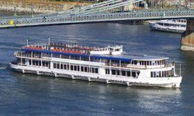 Boat hire Budapest, Danube river cruise
