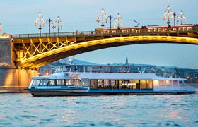Danube river cruise Budapest with sightseeing