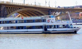 River Boat Budapest 4 - Budapest Danube Boat Cruise